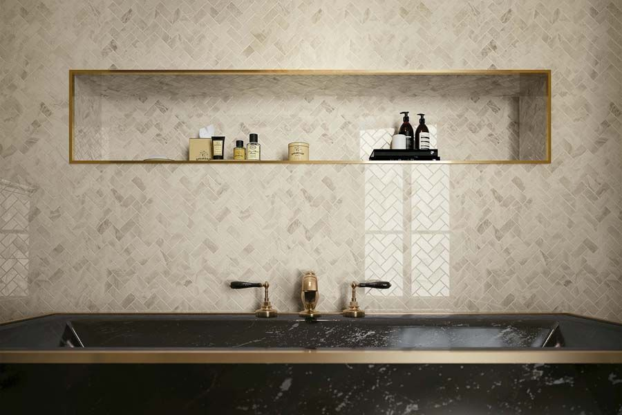 Плитка Atlas Concorde Supernova Onyx Wall Royal Gold Brick Mosaic в интерьере